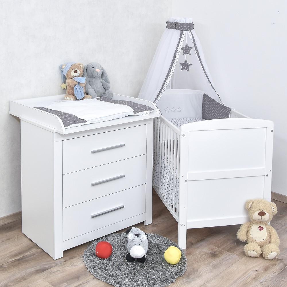 Babyzimmer Babybett Wickelkommode Weiss Bettwasche Sterne Grau